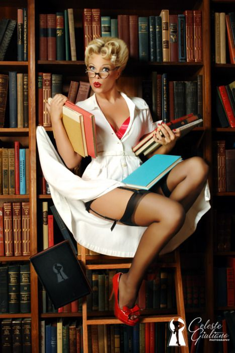 Pin-Up -   Kourtney Reppert by Celeste Giuliano Photography (http://www.facebook.com/celestegiulianophotography)  MUA - Kirsten Sylvester andHair - Raina Clarke  Image is part of the Celeste Giuliano Photography Special Edition of Retro Lovely Magazine which is available for purchase here….http://celestegiuliano.blogspot.com/2011/12/celeste-giuliano-photography-special.html