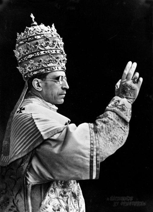 The Papal Tiara on Pope Pius XII