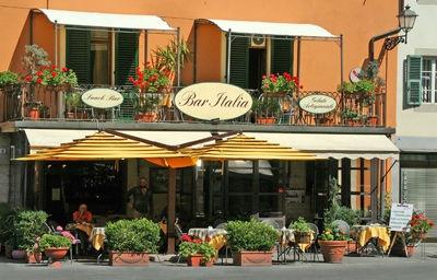 Bar Italia..