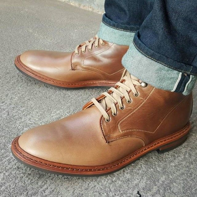 5ecbe297cbd ALLEN EDMONDS - Higgins Mill Boot with Dainte sole. Subtle natural color  with complementing laces. Perfect casual pair of boots with a refined  profile.