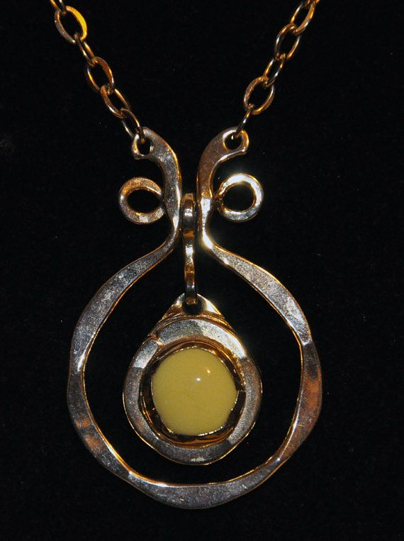 1970s Genuine Original Handmade Studio Necklace by by girlztown
