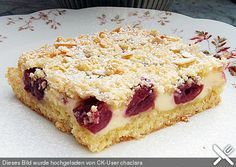 Apfel oder Kirsch - Streuselkuchen mit Quark vom Blech
