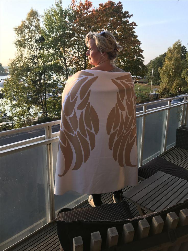 This is my favorite 💕 Angel wing fleece blanket.