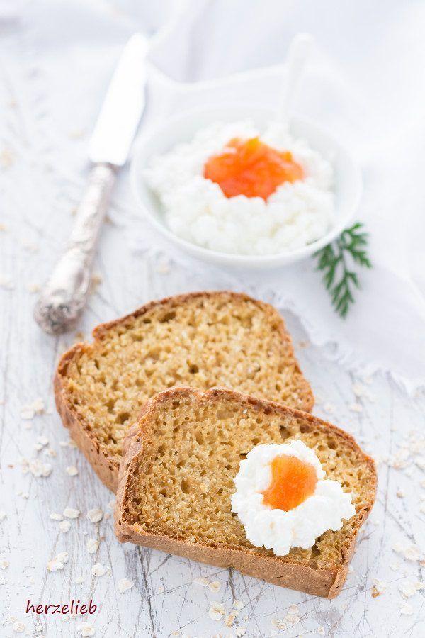Rezept für ein Brot ohne Hefe - Morotslimpa aus Schweden ist ein Möhrenbrot.