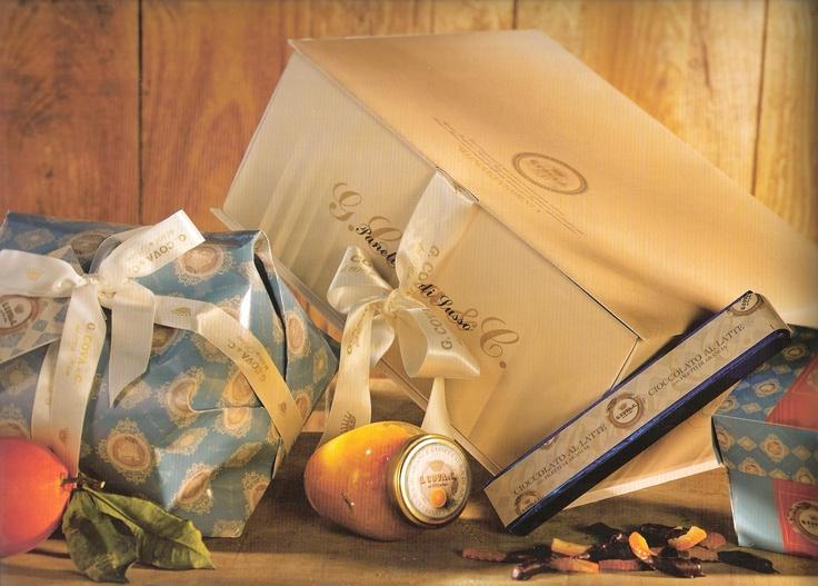 G. Cova & C. panettone, orange marmalade, torrone & chocolates set