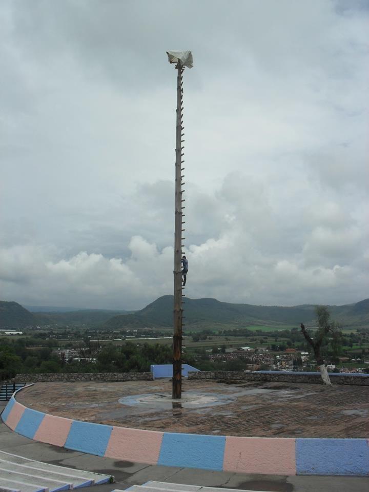 """Haciendole de """"Volador"""", Cuetzalan, México."""