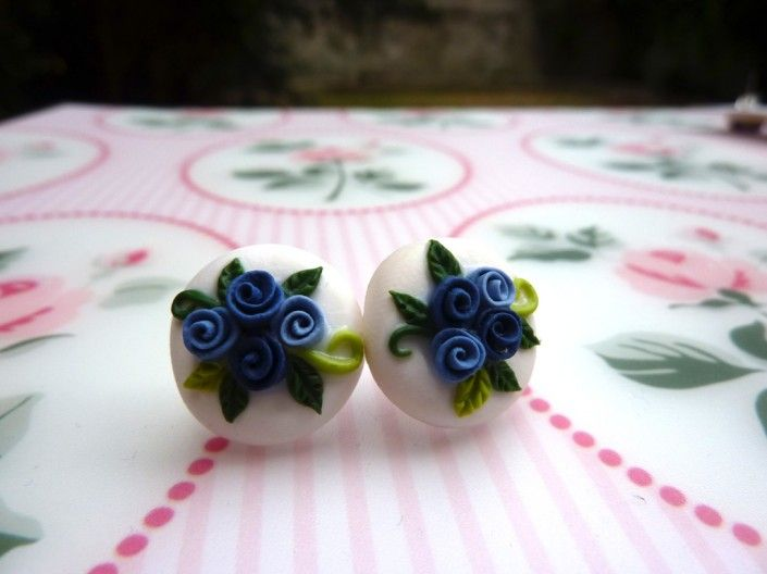 Earrings with blue and azure roses in polymer clay handmade - Orecchini con rose blu ed azzurre in fimo fatto a mano