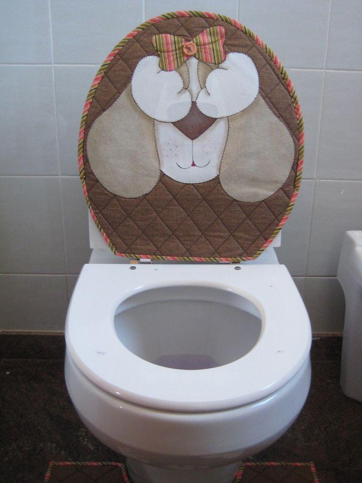 Para deixar seu banheiro ou o das criancas mais alegre.  Jogo pra banheiro diferenciado com:  1 capa pra tampo do vaso dupla face  1 piso pra box  1 piso pra vaso sanitário  1 toalha de mão