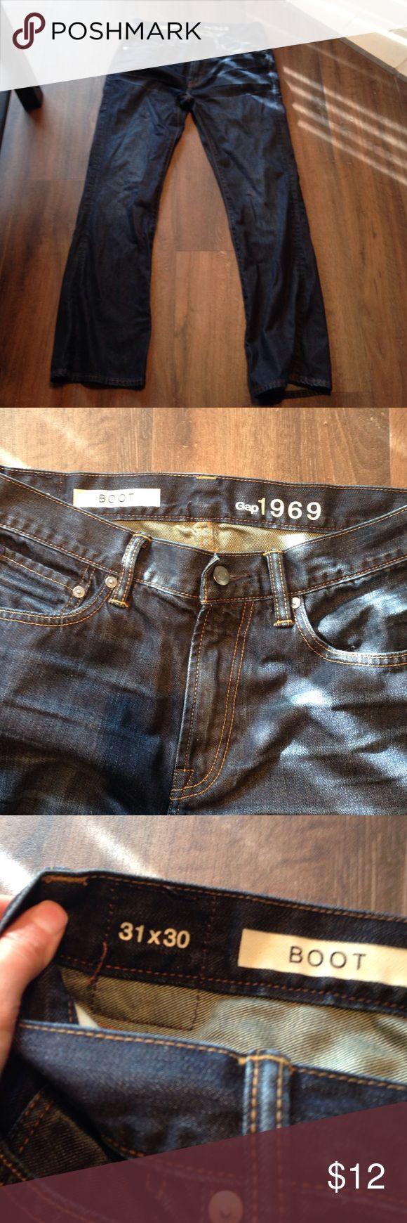 Men's Boot Cut Gap Jeans 31x30 Mens Gap boot cut jeans 100% cotton. Waist 31 length 30 GAP Jeans Bootcut