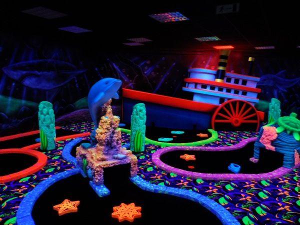 Glowgolf onderwater thema in Glowgolf.