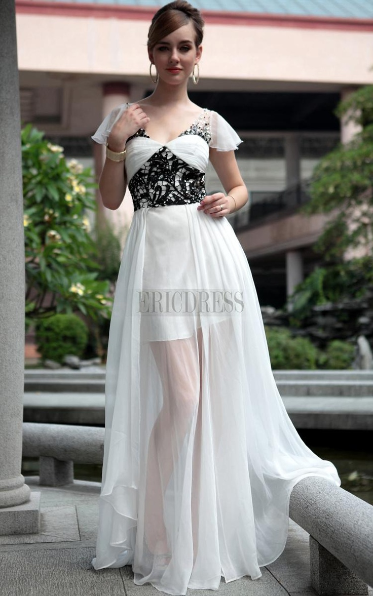 Charming A-line/Princess Watteau Floor-length Homecoming Formal Dress