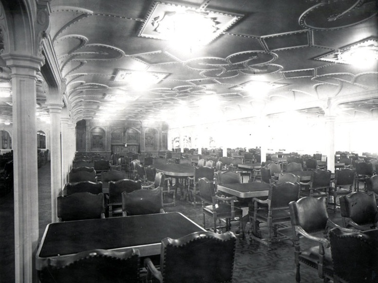 Titanic's 10,500 square foot first-class dining saloon was the largest room on the ship. It seated 532 passengers at once.Dining Room, Clase Del, Dining On Titanic, Del Titanic, Foot, 10 500 Squares, Dining Saloon, 532 Passenger, First Class Dining