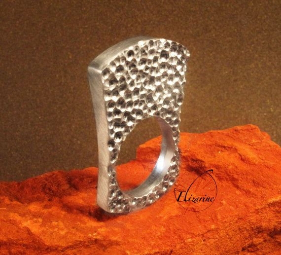 Bee nests ring  Imprint pattern number five  by CreationsElizarine, €80.00