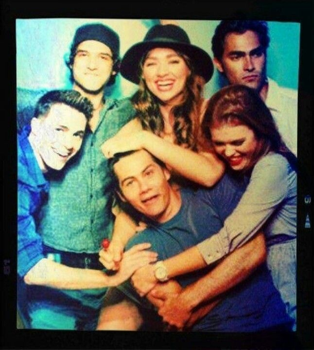 Everyone wants Dylan. xD Except for Hoechlin... xP