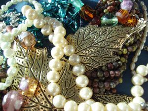 How to organise your jewellery. - Woman & Home
