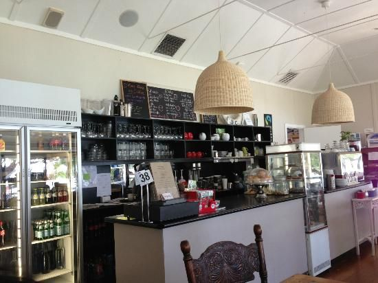 Emu Point Cafe, end of Mermaid Avenue at Emu Point, Albany WA