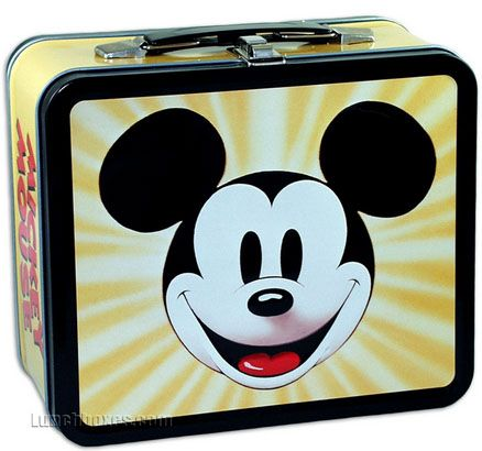 Vintage metal Mickey Mouse lunchbox! #disney: Lunchbox Features, Mickey Mouse, Lunch Boxes, Lunchbox Com, Lunches Bags, Coolest Lunchbox, Mouse Lunchbox, Lunches Boxes, Amazing Lunchbox