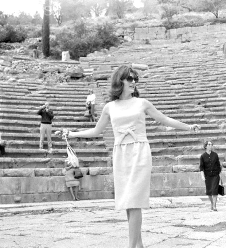 Jacqueline Kennedy Jackie Kennedy vacationing in Greece.  Date Photographed:ca. 1963 ❀.❤❀❤❀❤❋ http://en.wikipedia.org/wiki/Jacqueline_Kennedy_Onassis