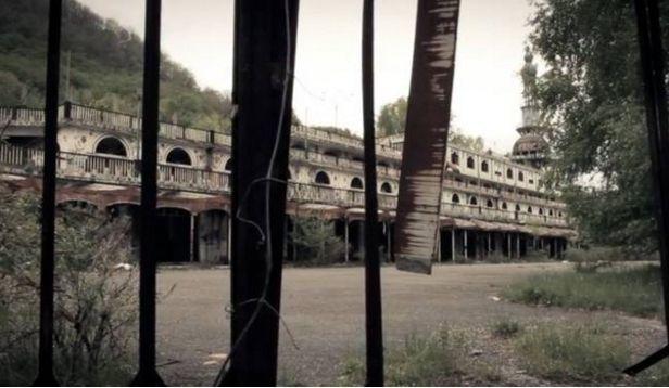 Nella città fantasma di Consonno si tiene il campionato mondiale di nascondino ogni settembre