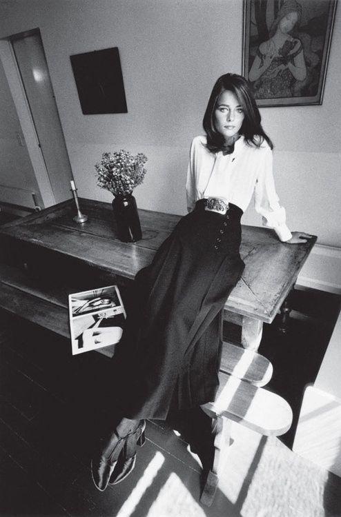 Charlotte Rampling - fashion Yves Saint Laurent - Paris Vogue France - 1970