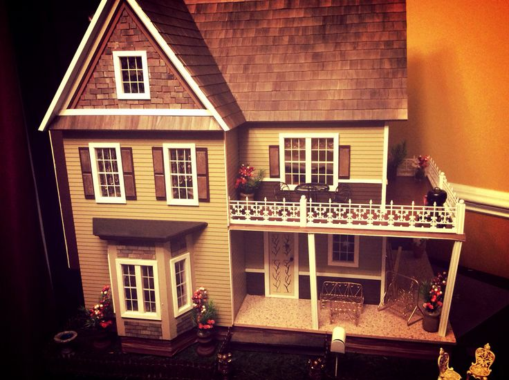 Victorian Dollhouse That Im Selling On EBay My Huge Victorias Farmhouse Victorian