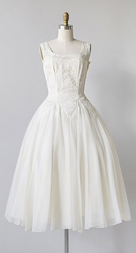 pas de deux | vinage 1950s wedding dress