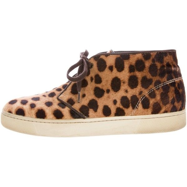 Pre-owned Christian Louboutin Ponyhair Chukka Sneakers ($450) ❤ liked on Polyvore featuring shoes, sneakers, animal print, multicolor sneakers, chukka sneakers, christian louboutin shoes, lace up sneakers and multi colored sneakers