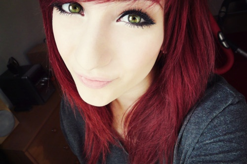 pretty girl with red hair and green eyes tumblr www