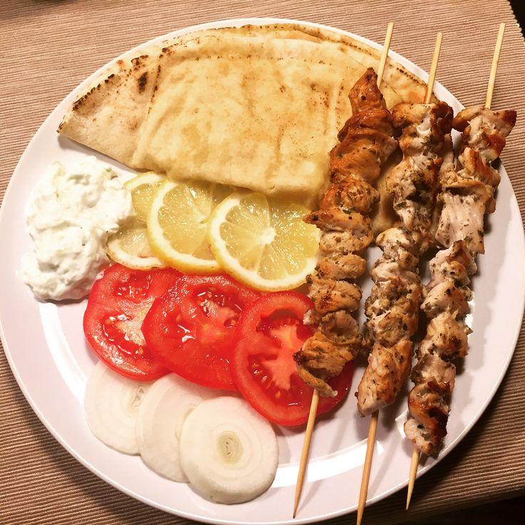 Souvlaki di pollo aka spiedini alla greca - di Eleonora Belcamino #fuudly #ricette