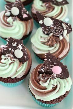 pikku murusia: Minttu-suklaa cupcake