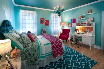 Benjamin Moore Mexicali turquoise #662. The ceiling color is Benjamin Moore largo teal #742