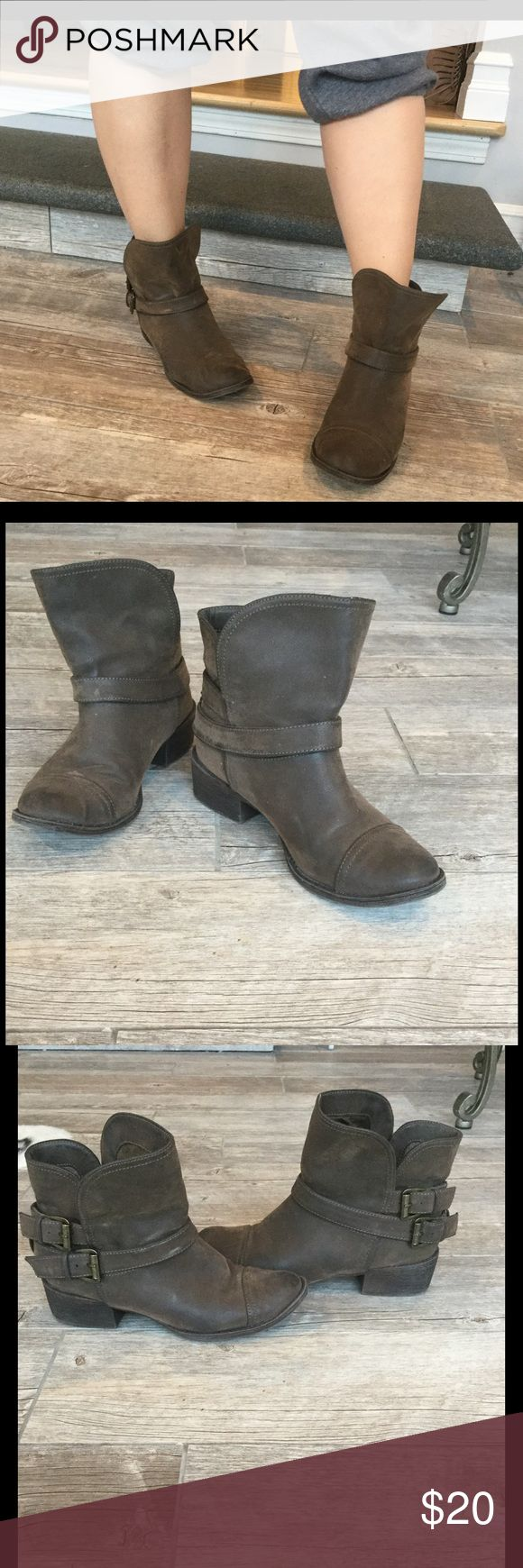 Rocket Dog Buckle Ankle Boots Very comfortable barley used Rocket Dog ankle boots in excellent condition size 6 1/2 Rocket Dog Shoes Ankle Boots & Booties