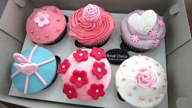 Assorted cupcakes by Bread Choice Bakery (Instagram: @breadchoicebakery)