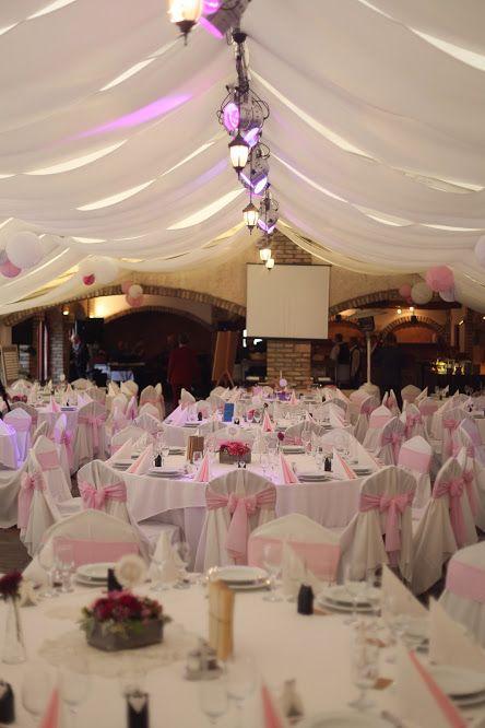 Esküvői dekor - rózsaszín (Kecskemét, Bajor Étterem, Dekoráció: Love DIY Wedding, fotó: Simon Péter)