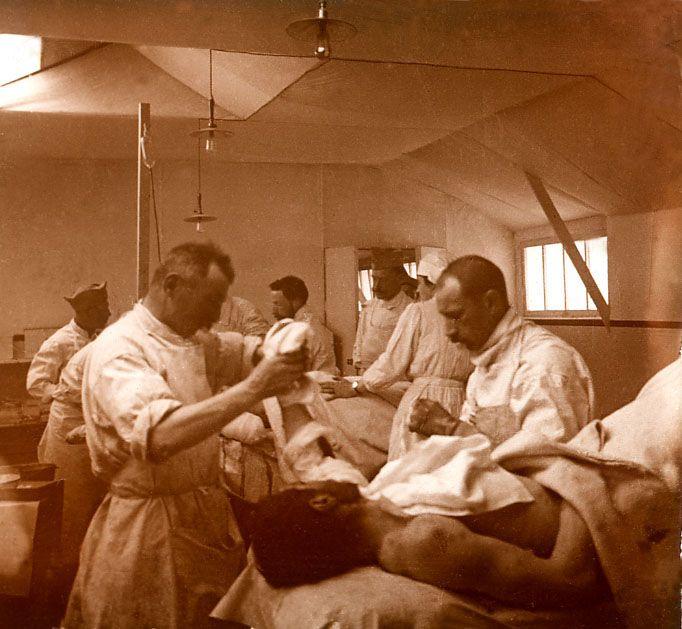 Hopital de premier secours dans la Somme                                                                                                                                                                                 Plus