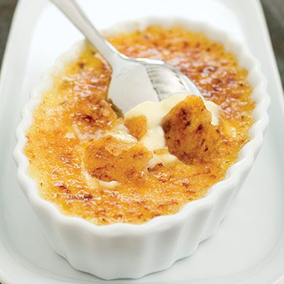We think our Classic Crème Brûlée recipe is the perfect dessert to crack into this New Year's Eve.