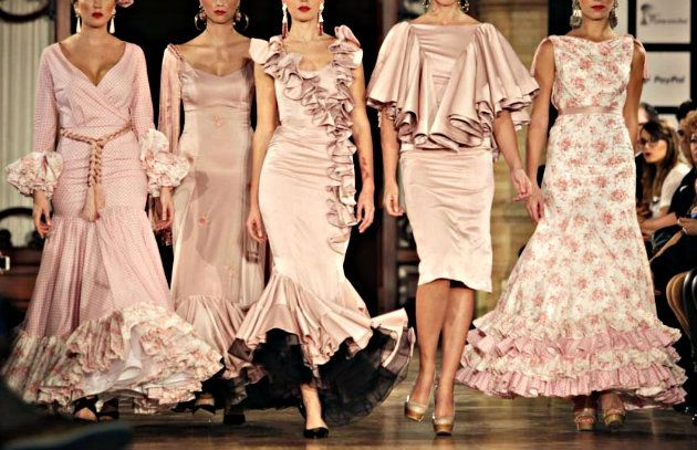 Se acerca la época de ferias y romerías, y entre ella la más importante, El Rocío. La moda flamenca es una de las más importantes a nivel nacional y regional, contando con infinidad de diseñadores y pasarelas donde cada año se muestran las nuevas tendencias.