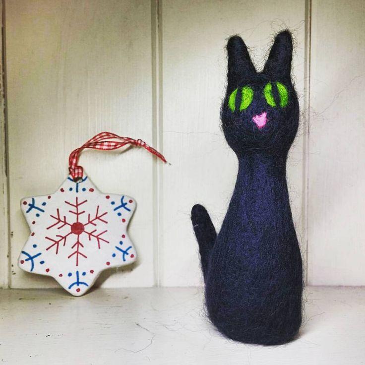 "18 Likes, 3 Comments - Happy Savage Studio (@happysavagestudio) on Instagram: ""Natty little cat. She reminds me of Mog from Meg and Mog. #needlefelt #needlefelting #wool"""