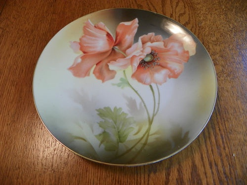 Beautiful Vtg Porcelain Plate LG Pink Red Poppies Shaded Background Gold Rim | eBay