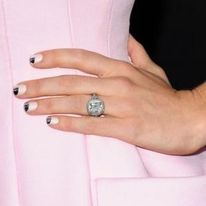 lovelovelove Jessica Biel's manicure by Tom Bachik for Cloutier Remix: Art Party, Nails Art, A List Styles, Manicure, Beauty, Nail Art, Party Nails