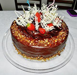Torta de Chocolate com Cobertura e Trufado de Chocolate - Alexandre e Walkyria