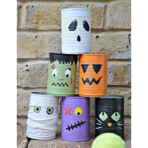 Joignez l'utile à l'agréable en concevant avec votre marmaille des jeux et bricolages parfaits pour vos prochains partys d'Halloween! Pour voir le tableau sur Pinterest, cliquez ici!