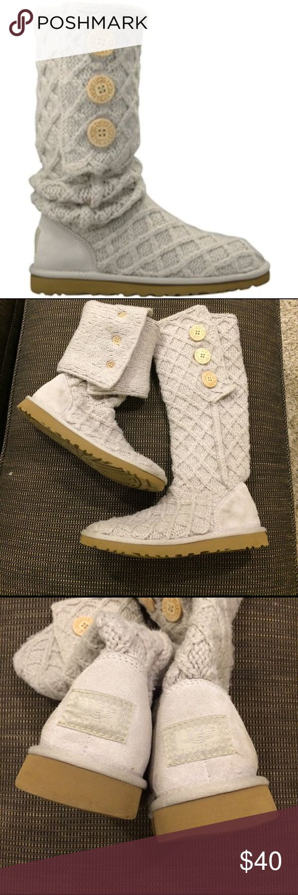 ugg cardy lattice gray knit boots size 8 Ugg Boots In great Great used Condition! There Is slight rubbing marks and the bottom back And Some Signs Of Wear - Near Bottom but Hardly Noticeable. Us 8.  A Very Light Gray Color. UGG Shoes Winter & Rain Boots