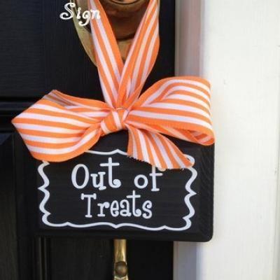 125 best kid friendly halloween decorations images on pinterest happy halloween halloween stuff and halloween foods