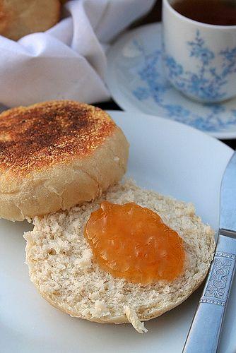 Le Pétrin: Jardin A l'Anglaise: Muffins, Thé et Marmelade