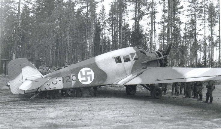 Junkers F 13 (JU-120) has brought waited mail to Tiiksjärvi. Summer 1942.