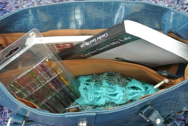 For my trip down under..How to Choose and Pack Yarn Projects for Airplane Travel