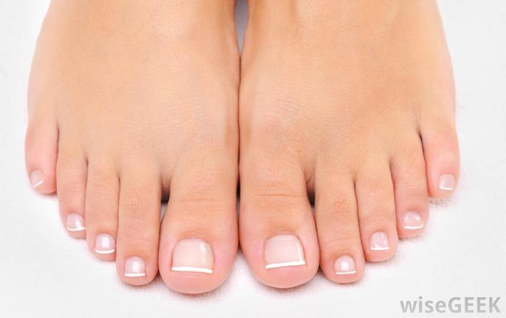 Soft Feet!  Listerine: the BEST way to get your feet ready for summer. Sounds crazy but it works! Mix 1/4c Listerine (any kind)+ 1/4c vinegar + 1/2c of warm water. Soak feet for 10 minutes and when you take them out the dead skin will practically wipe off.
