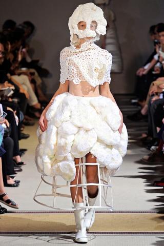 Comme des Garçons Spring 2012 RTW Style.com