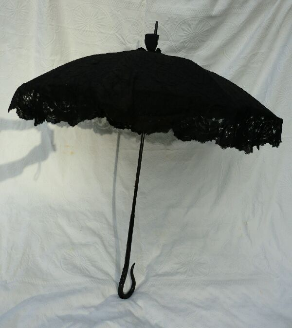 Discount Custom Made Vintage Victorian Medieval Style: Beautiful Antique Black Lace Victorian Parasol By Follmer